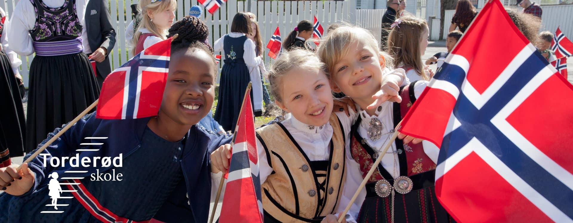 17. mai 2019 Torderød skole - barnetoget - Moss